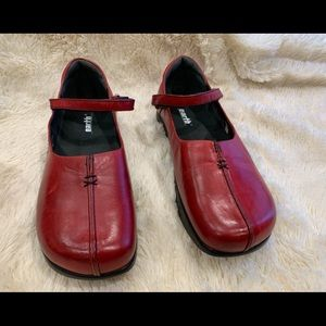Earth Leather Shoes